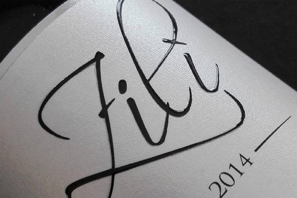 etichetta vino carta perlata con rilievo